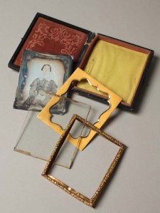 A daguerreotype has many parts, more than what we are used to see today.