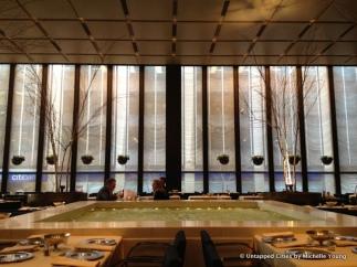 Four-Seasons-Restaurant-Phillip-Johnson-Seagram-Building-Park-Avenue-Mies-van-der-Rohe-NYC-009
